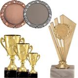 Sportovní poháry a trofeje